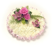 PP3 Carnation Based Posy Pad